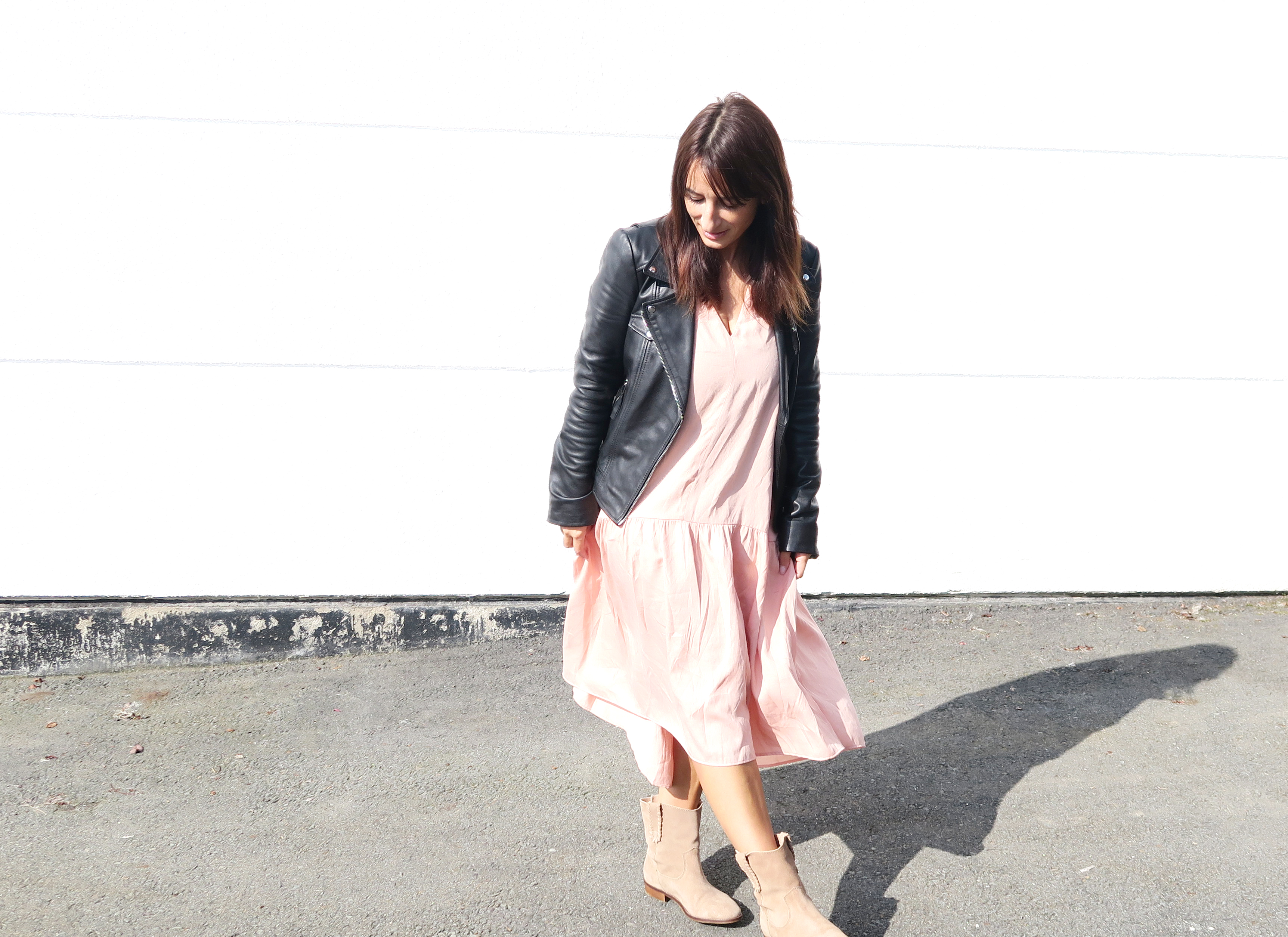 Modesalat-blogger-streetstyle-leather-bloggerstyle-ruffles-dress-1