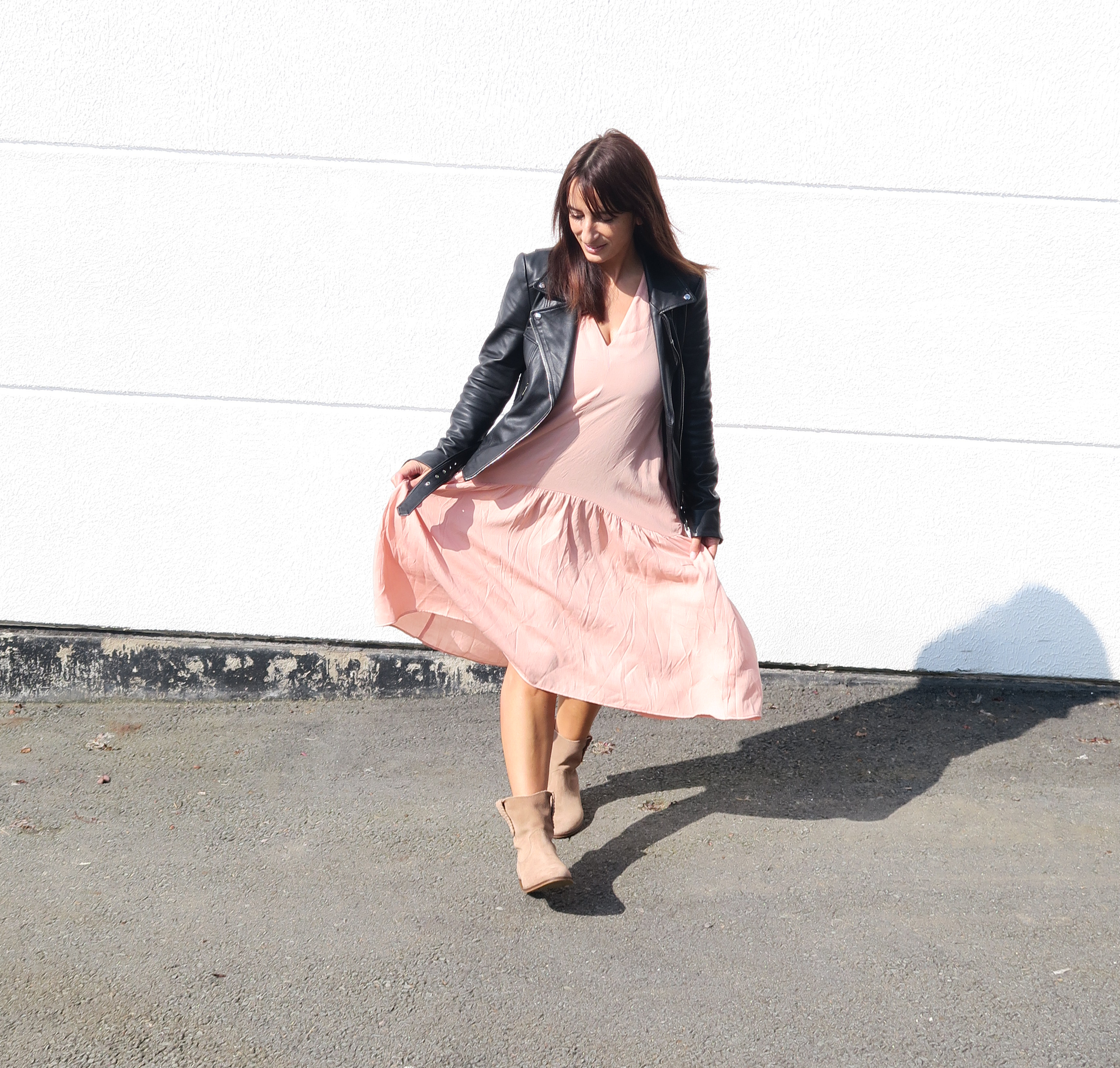 Modesalat-blogger-streetstyle-leather-bloggerstyle-ruffles-dress-4
