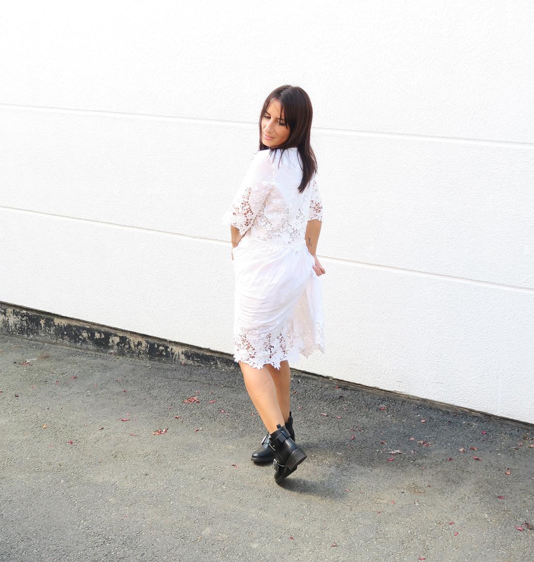 blogger-edited-style-look-bloggerstyle-spitzenkleid-dress-kleid-boots-bikerboots-1