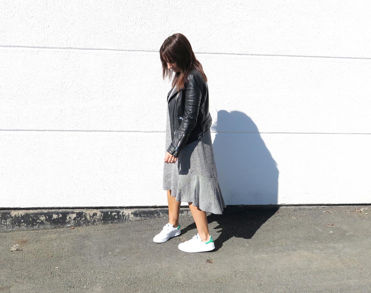 Modesalat-Blogger-Bloggerstyle-stansmith-ruffles-dress-10