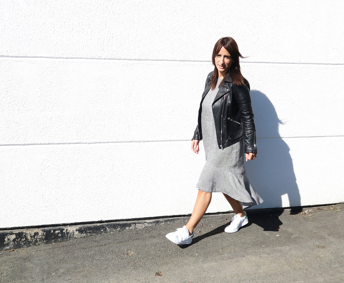 Modesalat-Blogger-Bloggerstyle-stansmith-ruffles-dress-12