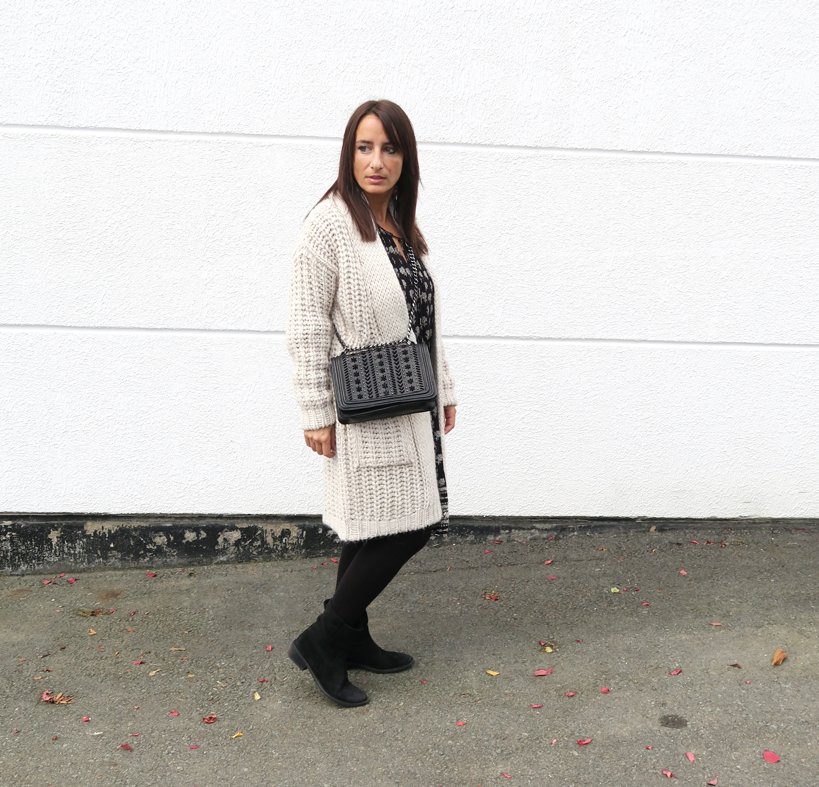 blogger-style-winter-dress-knit-fashionblogger-streetstyle-boots-7