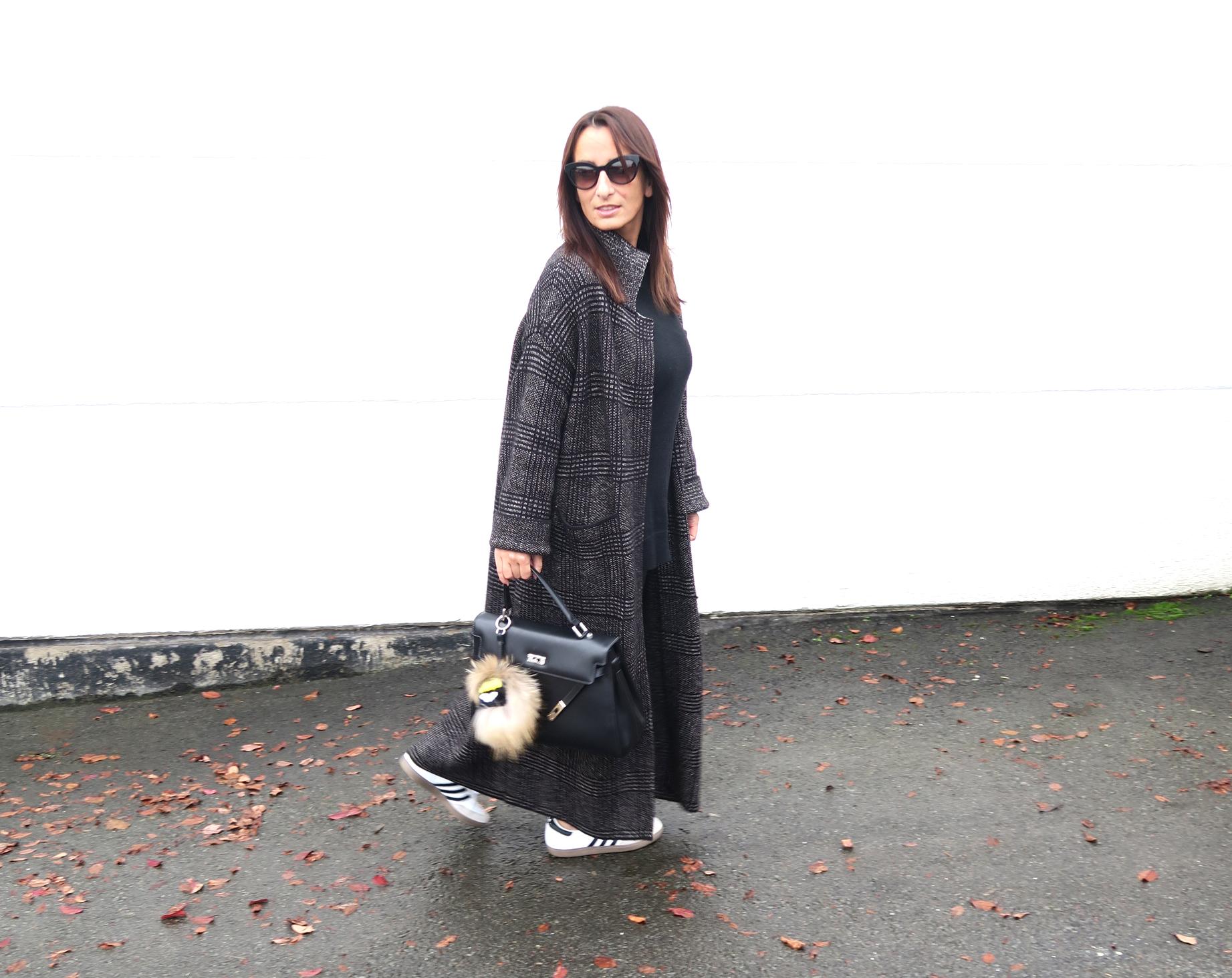 streetstyle-tartan-coat-zara-style-blogger-fendi-bag-3