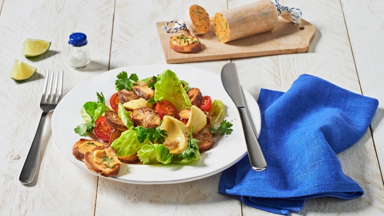 REZEPT   Brezensalat mit Kirschtomaten, Avocado und Koriander
