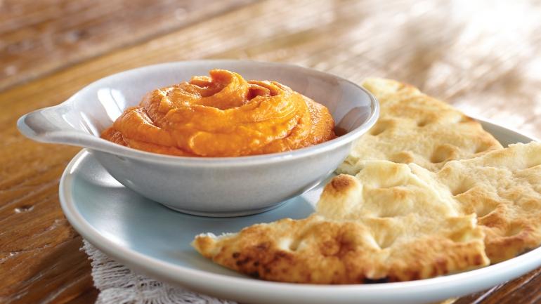 REZEPT | Hummus mit gerösteter, roter Paprika
