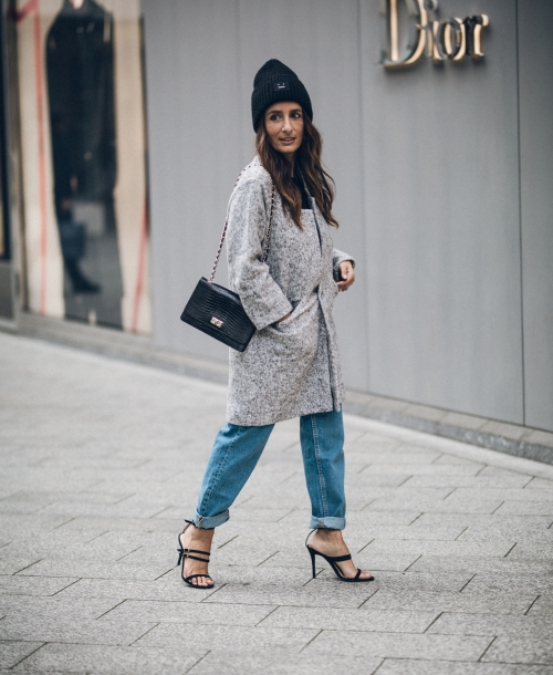 OUTFIT | Acne Studios Beanie, Zabaione Coat, Mom Jeans & High Heels