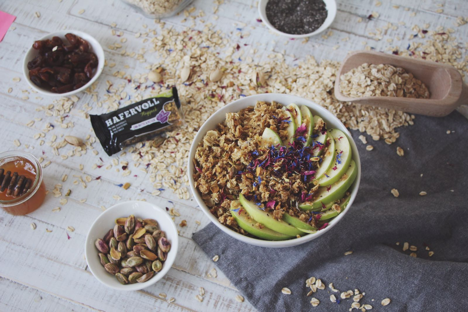 FOOD | REZEPT | Dattel-Pistazie Bowl