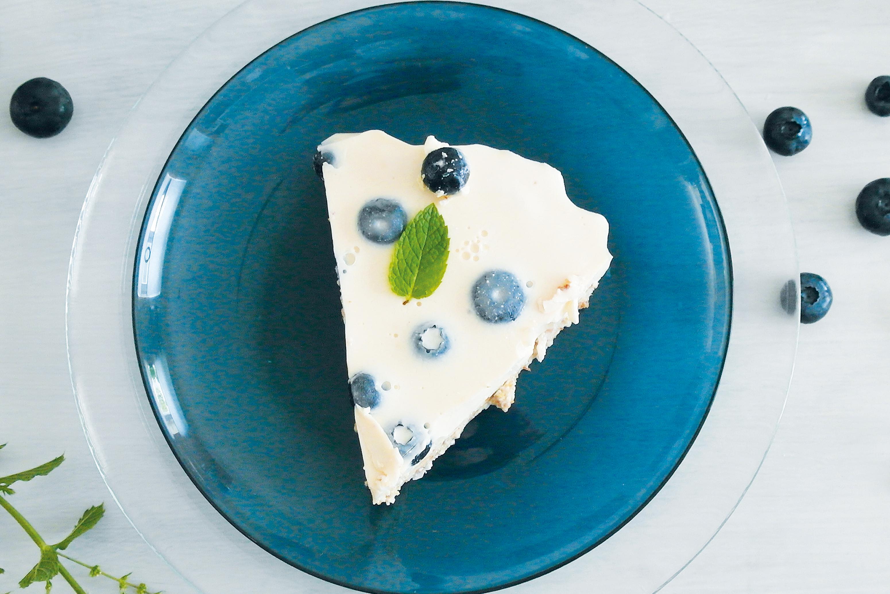 FOOD | REZEPT | Kokos-Blaubeer Tarte aus dem Kühlschrank