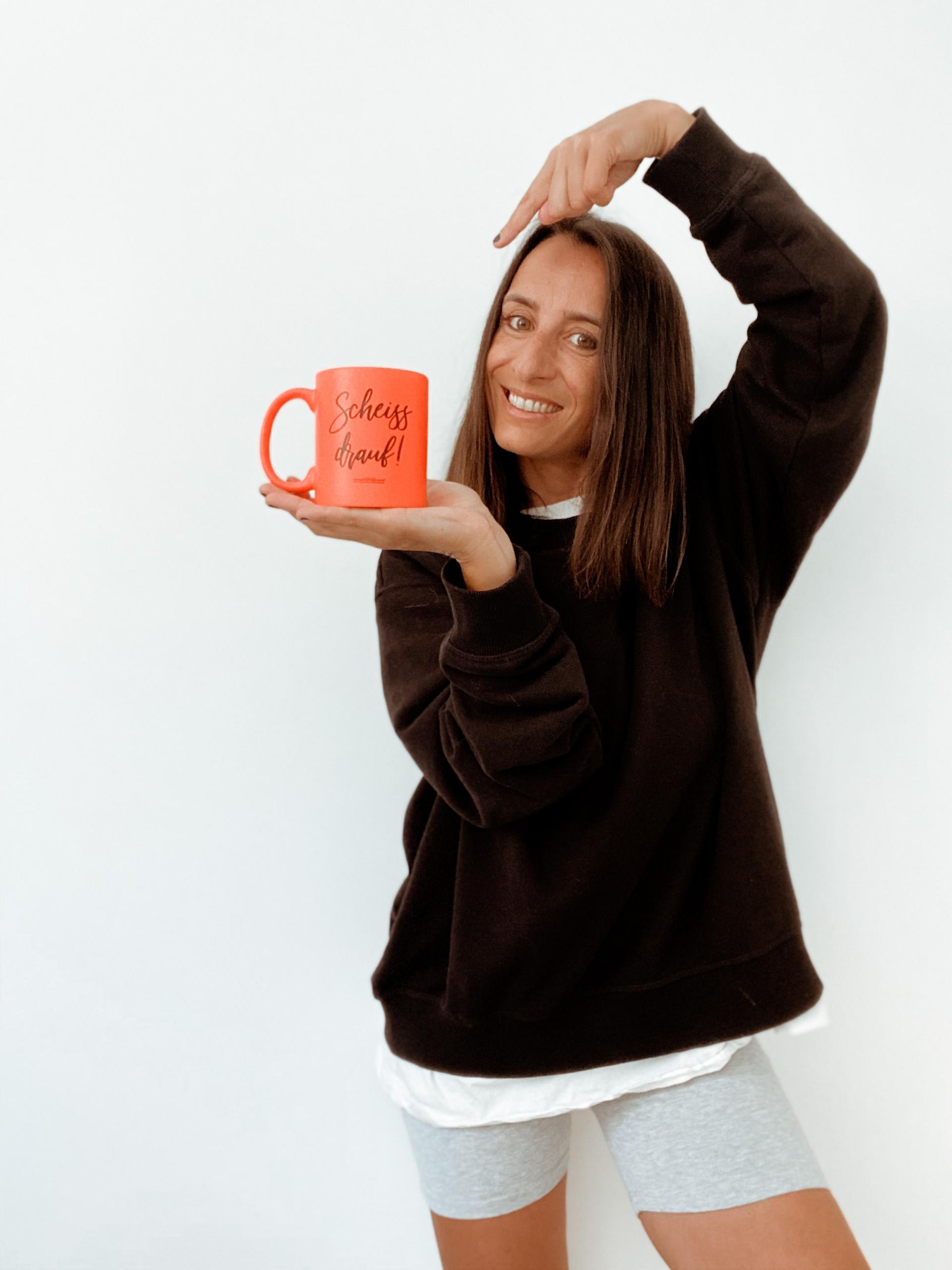 Scheiß drauf – mein Gedanke auf einer Kaffeetasse